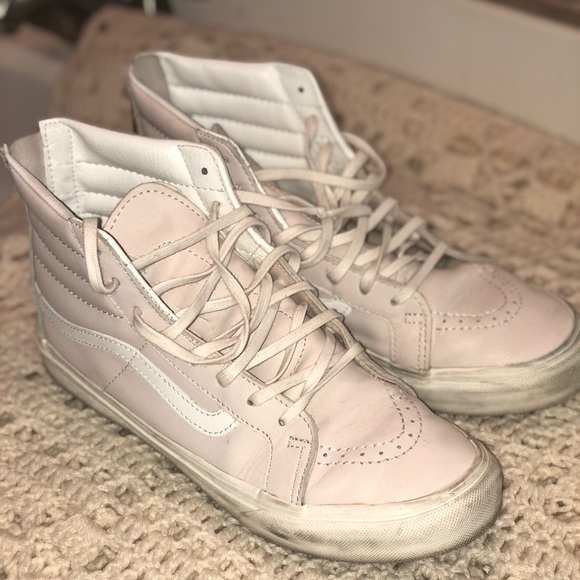 a7d53b23133 High top vans in pastel pink leather. M 5c0d57b02e14783f02dda383
